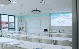 GTG Ingenieros- Ejemplo de equipo de desinfección de aire situado en aula